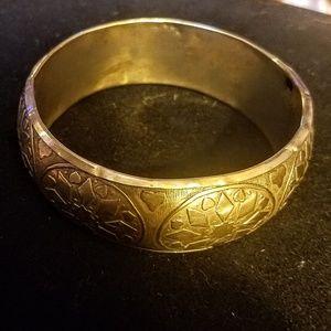 Vintage early 1900's gold tone bangle bracelet